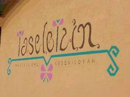 letrero Hotel Taselotzin