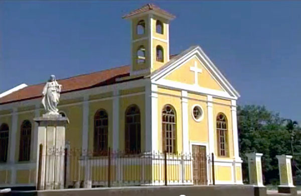 Iglesia Santa Cruz, Barahona.