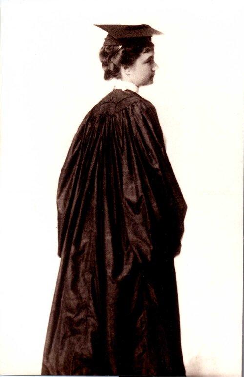 Carlota maury - Graduación