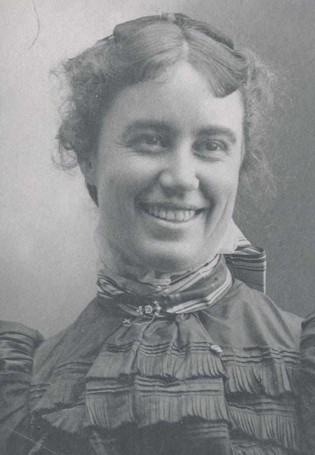 Dr. Carlotta Maury joven